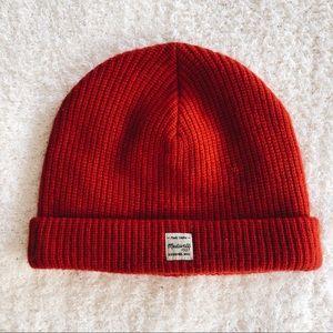 madewell • beanie (red)